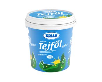 Sour cream in bucket, 12% fat content