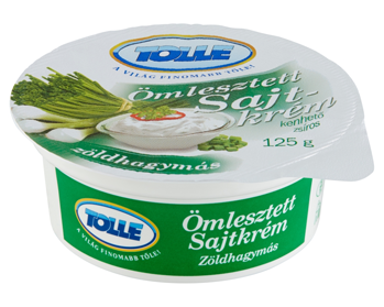 Trappist spreads with spring onion